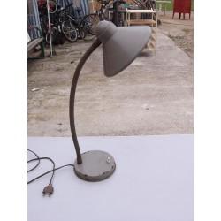 Lampe de bureau fer industrielle grise